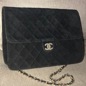 Auth Chanel Matelasse Suede Quilted Chain Logo Bag
